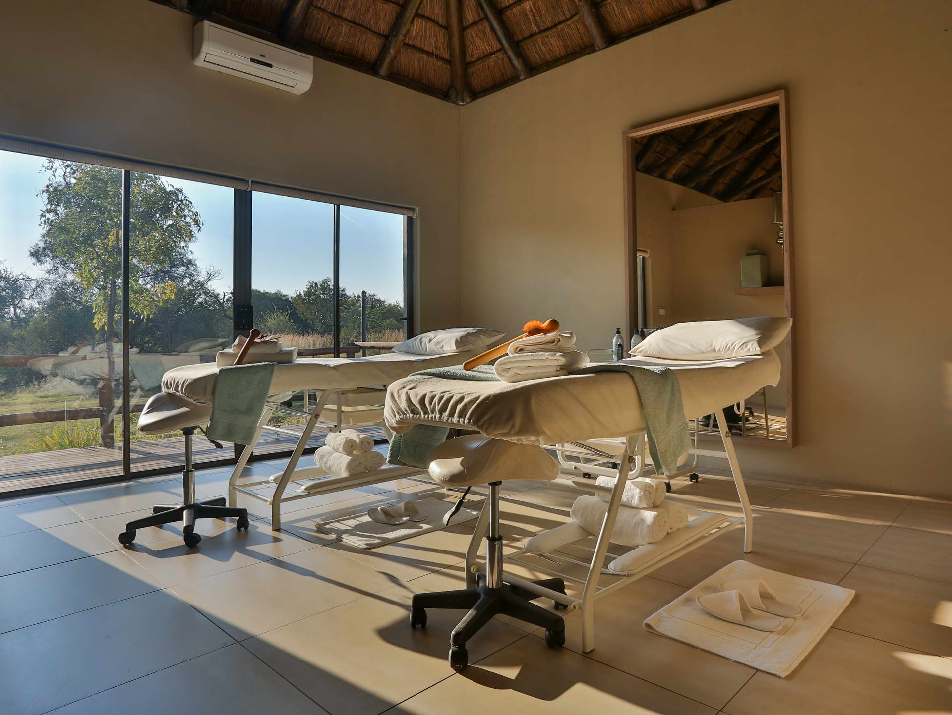 kosher safari lodge | Day safari packages spa accommodation