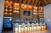 thandeka-lodge-dinning-lounge-bar-06